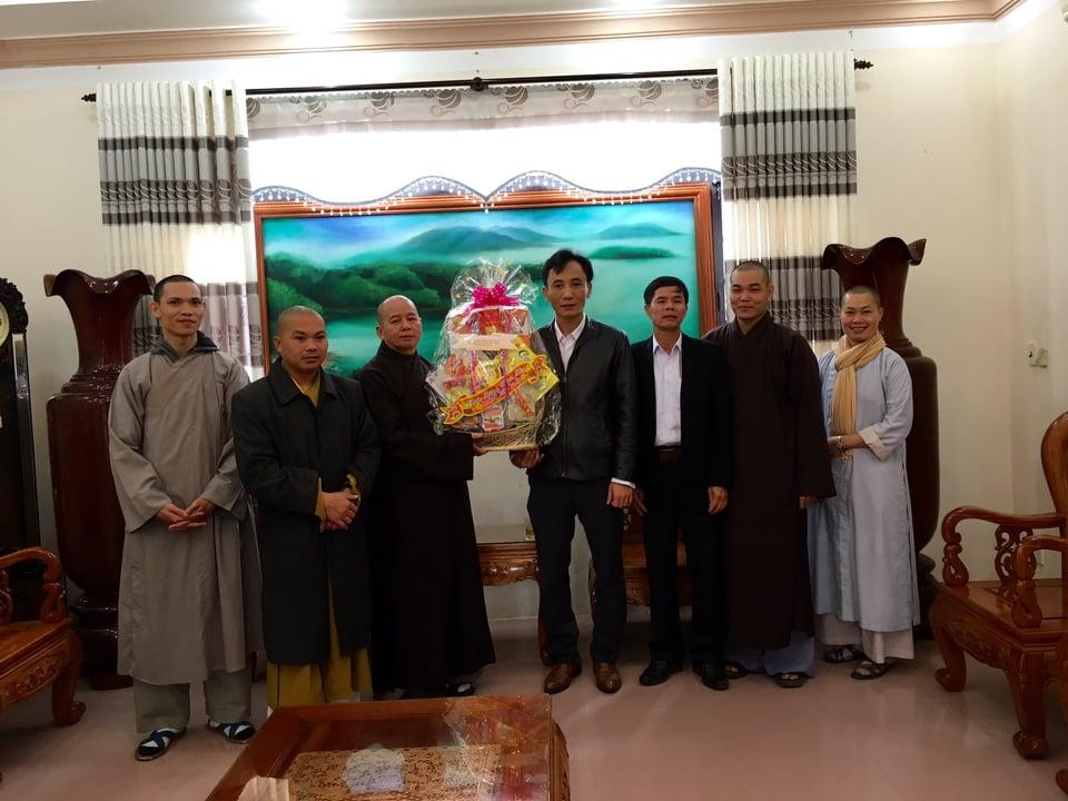 Phú Ninh: BTS Phật giáo huyện chúc Tết các cơ quan