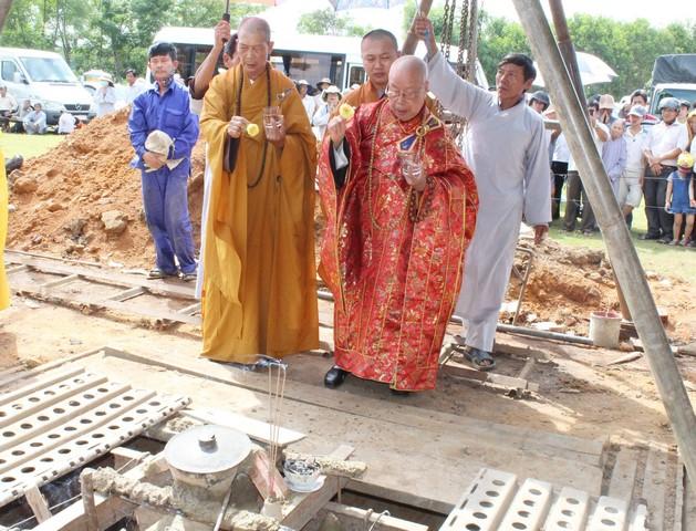 Đại Lộc: Lễ rót đồng đúc Đại hồng chung chùa Phước Thạnh