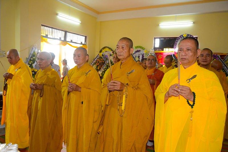 Ban Trị sự Phật giáo tỉnh Quảng Nam viếng tang TT. Thích Giải Quảng