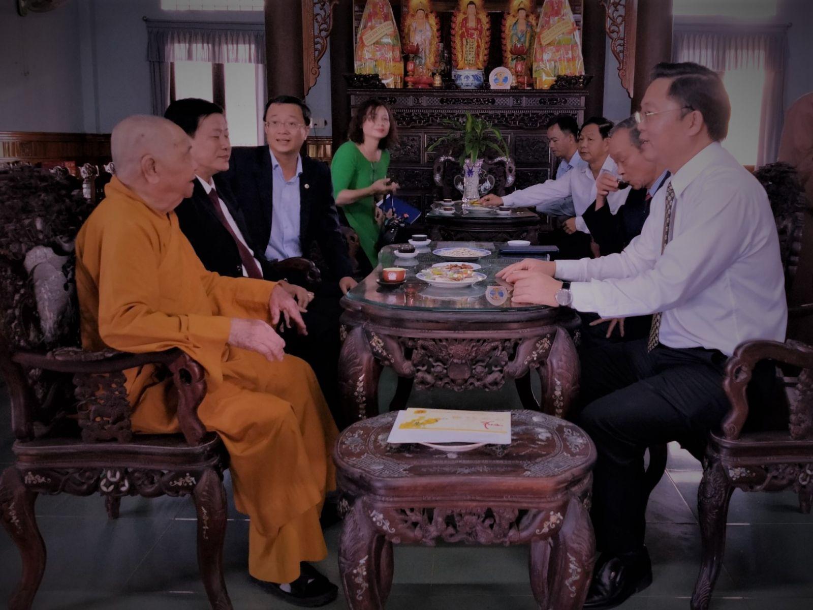 Quảng Nam: Lãnh đạo tỉnh thăm, chúc tết Đức Phó Pháp Chủ GHPGVN và Ban Trị Sự Phật giáo tỉnh