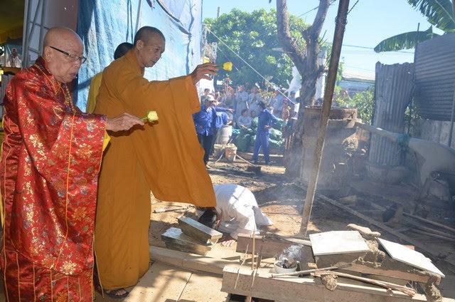 Đại Lộc: Chùa Tam Phước đúc đại hồng chung nặng 750kg